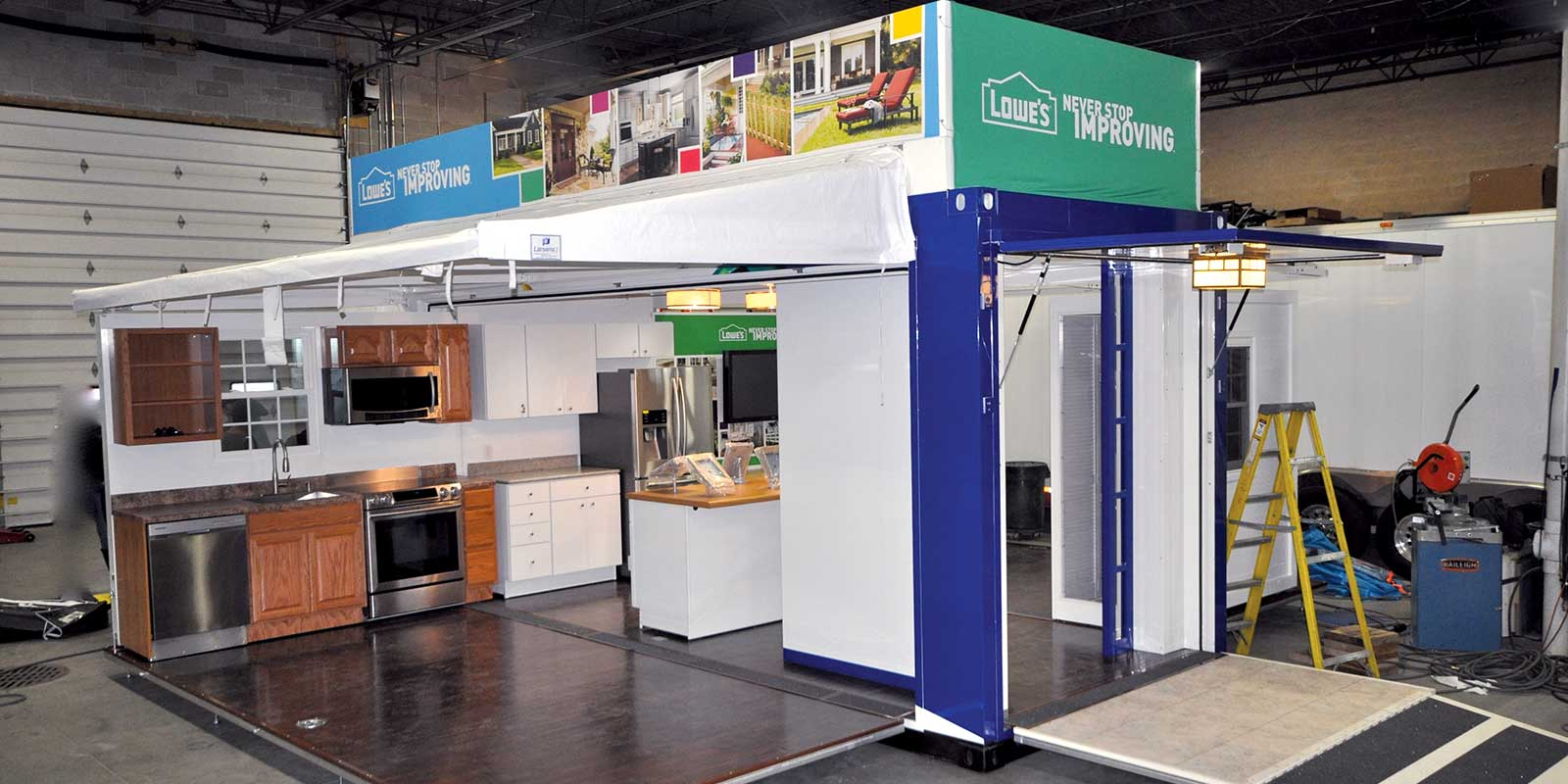 DEMOUNTABLE CONTAINER / POP UP RETAIL
